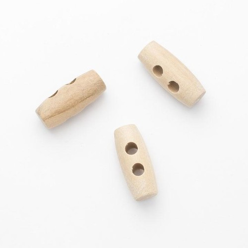 100 x 25mm 2 Hole Wooden Toggles (CW3725)