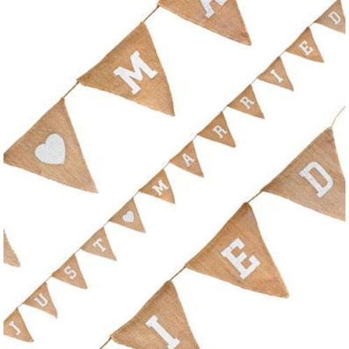 Just Married Hessian Bunting 12 Flags x 3.2m (OT631571)